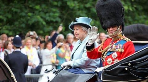 фото с дня рождения королевы Великобритании