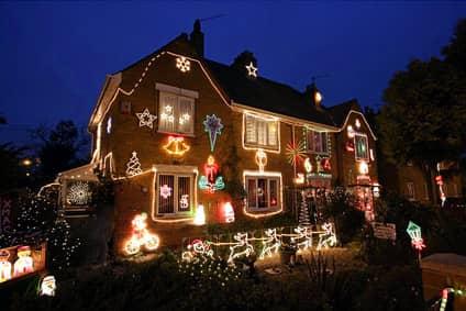 украшение дома на Рождество в Англии