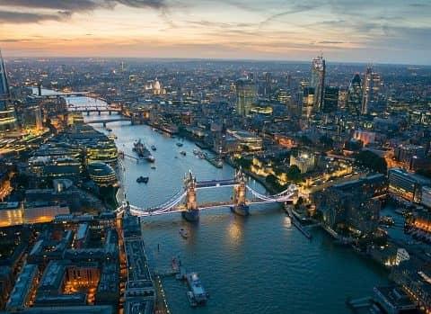 Вид на Лондон в вечернее время