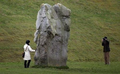 Один из самых больших камней Эйвбери хенджа