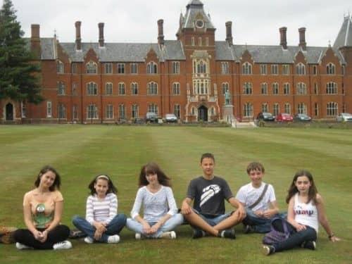 Типичная гимназия в Англии