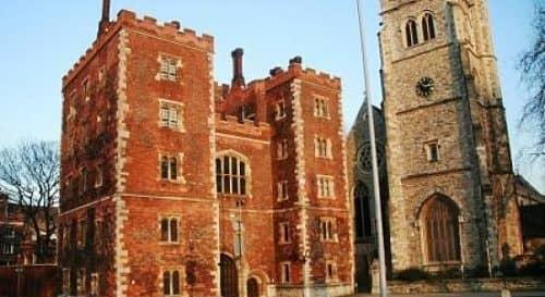 История появления дворца