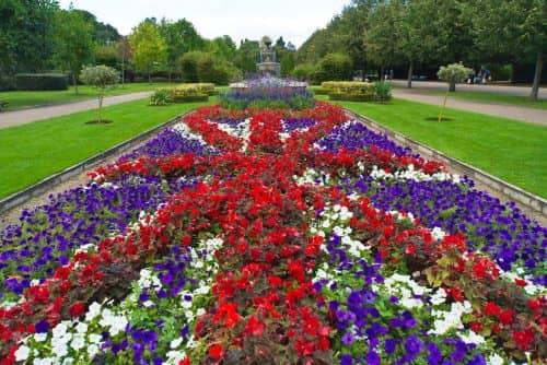 Главная аллея The Avenue Gardens